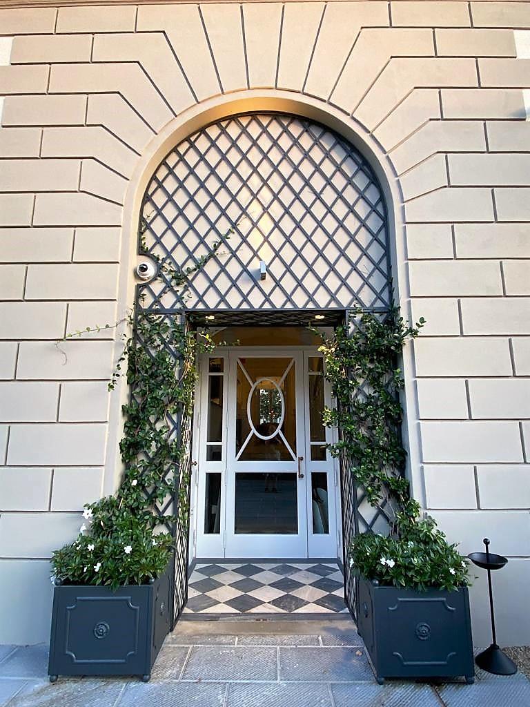 Dimora-Palanca-exterior-entrance