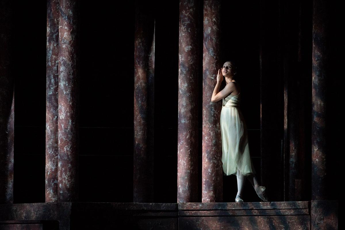 Romeo and Juliet - Review - Francesca Hayward as Juliet - Royal Ballet Autumn 2021