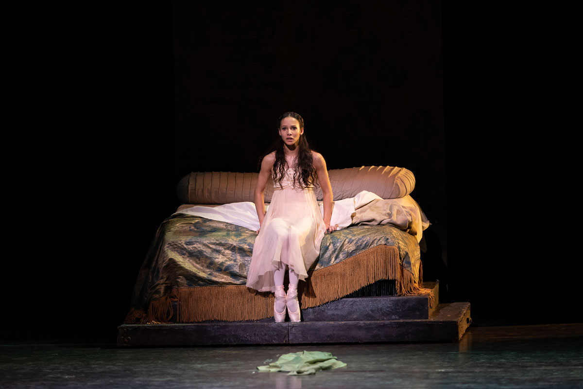 Francesca Hayward in Romeo and Juliet - Royal Ballet Autumn 2021