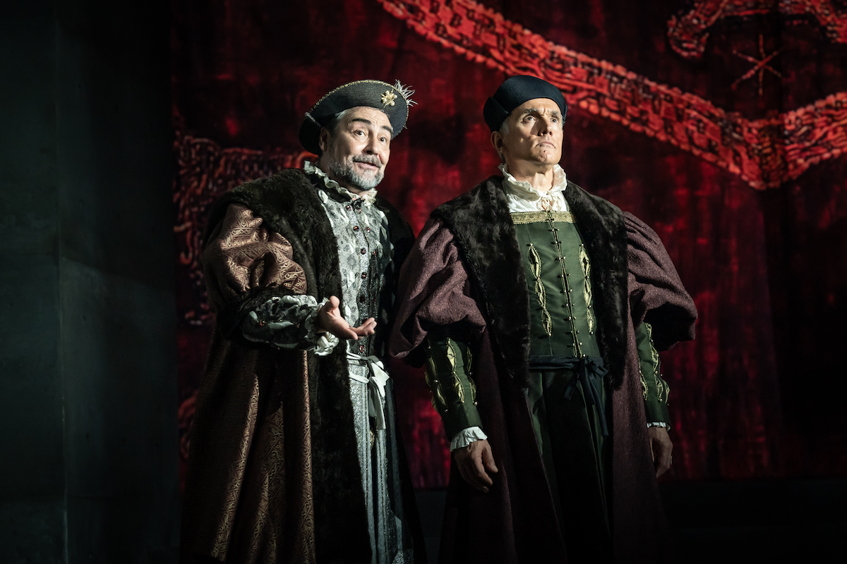 Nathaniel Parker as Henry VIII and Ben Miles as Thomas Cromwell in The Mirror and the Light - Photo by Marc Brenner