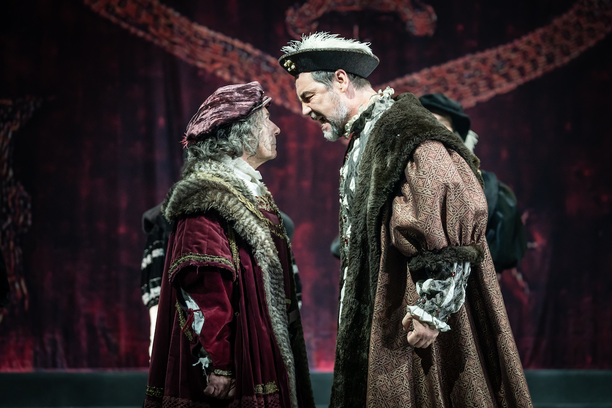 Nicholas Woodeson as Duke of Norfolk and Nathaniel Parker as Henry VIII in The Mirror and the Light - Photo by Marc Brenner